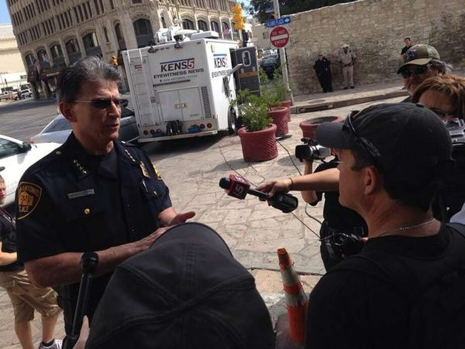Police Chief William McManus discusses the event with the media. Photo: Joshua Fechter/San Antonio Express-News