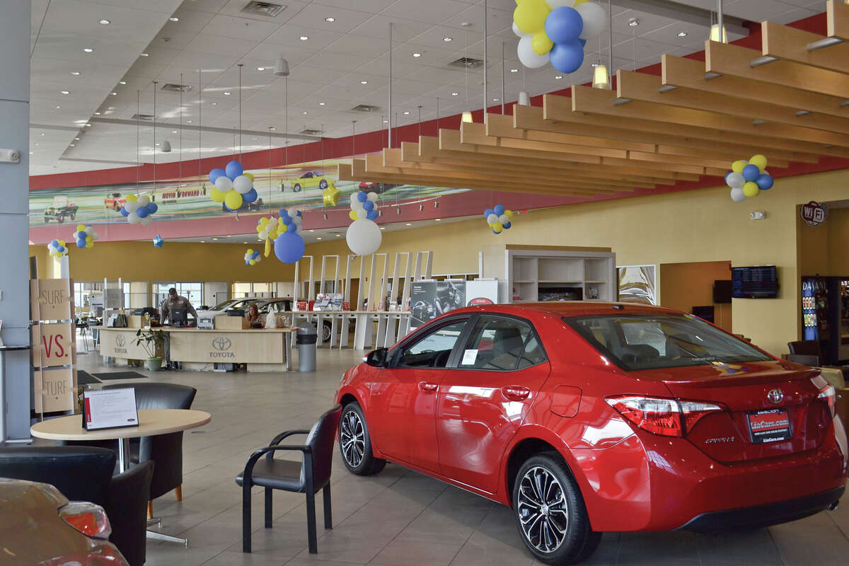 A look inside Lia Toyota of Colonie