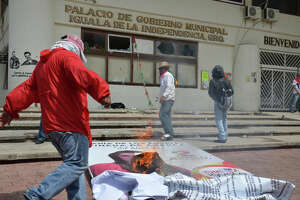 Hunt for 43 students highlights Mexico's missing - Photo