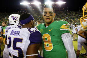 Oregon QB Mariota grows as a player and leader - Photo