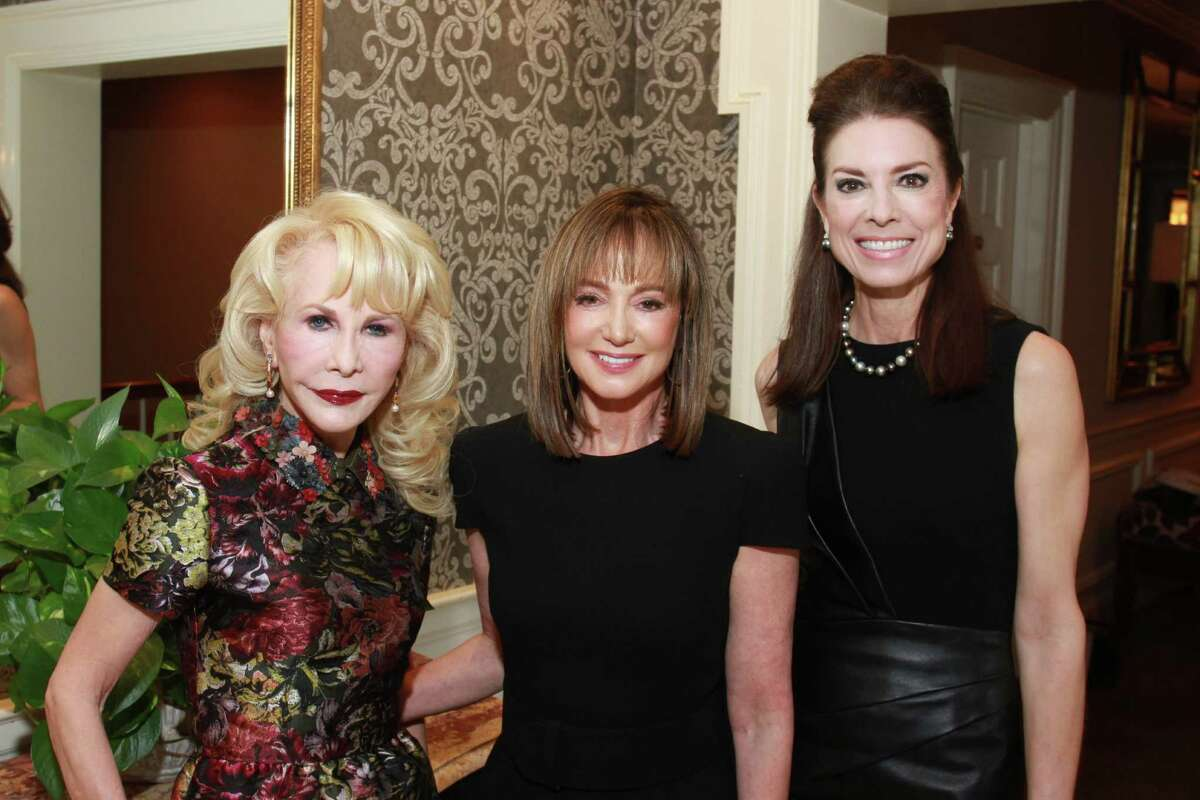Diane Lokey Farb, Janet Gurwitch and Karen Payne at the Women's Health Summit benefiting the Huffington Center on Aging at Baylor College of Medicine at the River Oaks Country Club. Diane Lokey Farb, from left, Janet Gurwitch and Karen Payne. (For the Chronicle/Gary Fountain, October 22, 2014)