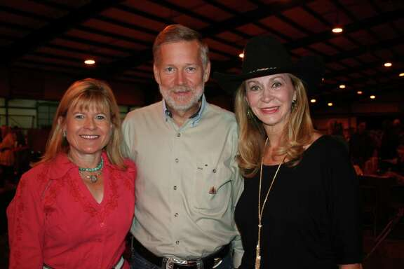 CeeCee and David Parker, left, chatted with Nell Ciancarelli at the popular event.