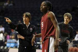 Coaches tab Stanford as favorite in Pac-12 women's basketball race - Photo