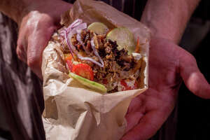 Whole Beast's gyro: smoky, fatty, crunchy and tangy - Photo