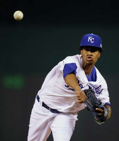 Kansas City Royals pitcher Yordano Ventura throws against the San Francisco Giants during the first inning of Game 2 of baseball's World Series Wednesday, Oct. 22, 2014, in Kansas City, Mo. (AP Photo/Charlie Neibergall)  ORG XMIT: WS329 Photo: Charlie Neibergall / AP