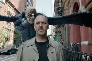 'Birdman': A fine showbiz satire of ex-superhero - Photo