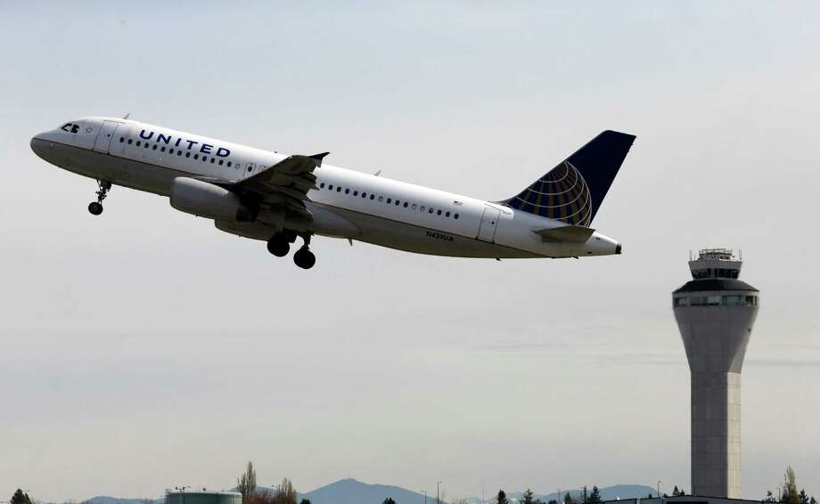 As the U.S. eases federal restrictions on the Caribbean island, United Airlines is planning to offer service to Cuba. Photo: Elaine Thompson, STF / AP