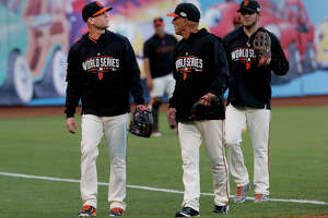 Finally, a World Series start for Giants' Tim Hudson - Photo