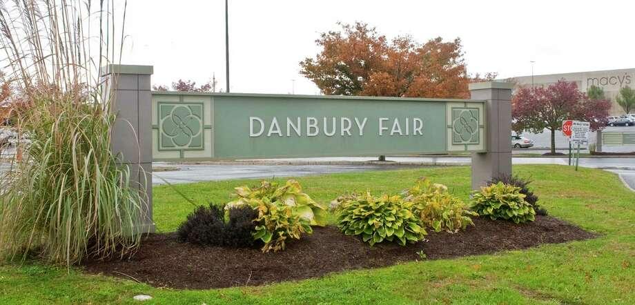 Danbury Fair Mall sign for file. Friday, Oct. 24, 2014 Photo: Scott Mullin / The News-Times Freelance