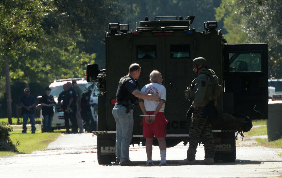 Man In Custody After Swat Stand Off Beaumont Enterprise