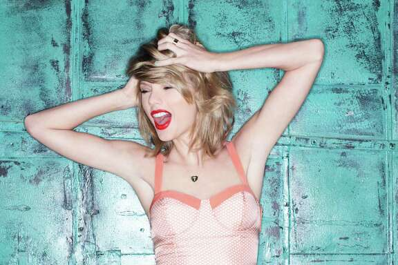 """Taylor Swift new album, """"1989,"""" puts her Nashville country-music days in the rearview mirror."""