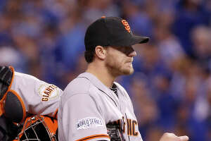 After Bumgarner, Giants' starting pitchers are leaving early - Photo