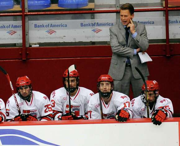 Rensselaer Polytechnic Institute head coach Seth Appert instructs his players against Bentley University during the second period of a ECAC college hockey game in Troy N.Y., Friday, Oct. 24, 2014. (Hans Pennink / Special to the Times Union)  ORG XMIT: HP106 Photo: Hans Pennink / Hans Pennink