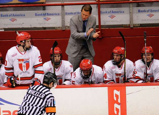 Rensselaer Polytechnic Institute head coach Seth Appert motovates his players against Bentley University during the second period of a ECAC college hockey game in Troy N.Y., Friday, Oct. 24, 2014. (Hans Pennink / Special to the Times Union)  ORG XMIT: HP110 Photo: Hans Pennink / Hans Pennink