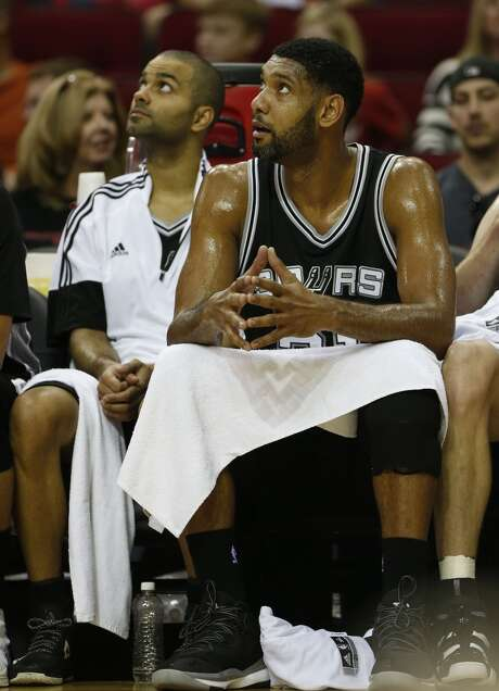 Tim Duncan sat out Thursday's matchup with the Rockets. Photo: Houston Chronicle
