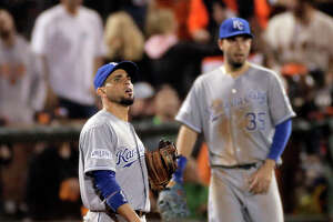 Giants' outpouring of runs keeps Royals' Big 3 on bench - Photo
