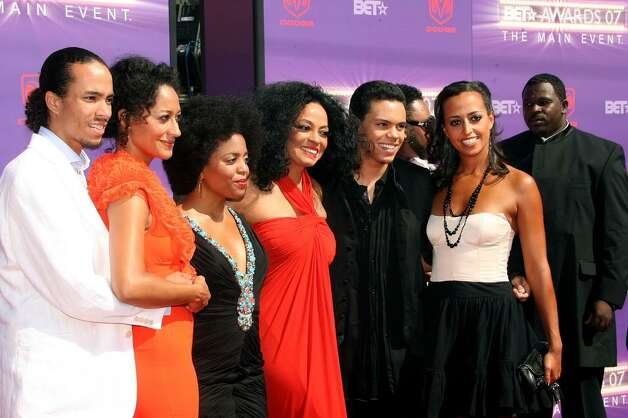 LOS ANGELES, CA - JUNE 26:  Lifetime Achievement Award honoree singer Diana Ross (3rd from Right) and family arrive at the 2007 BET Awards held at the Shrine Auditorium on June 26, 2007 in Los Angeles, California.  (Photo by Frederick M. Brown/Getty Images)  *** Local Caption *** Tracee Ellis Ross;Diana Ross;Evan Ross;Chudney Ross Photo: Frederick M. Brown, Getty Images / 2007 Getty Images