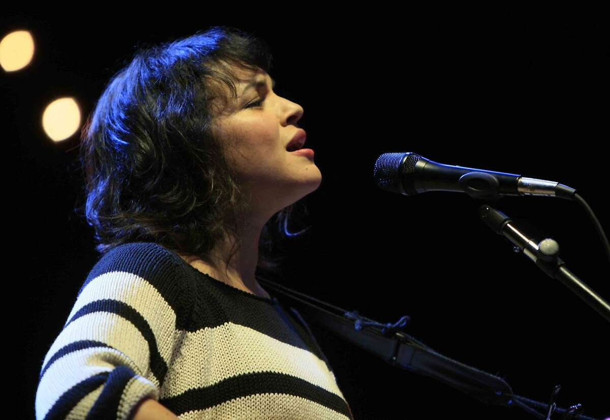 Norah Jones (Indian father) - singer-songwriter, musician and actress