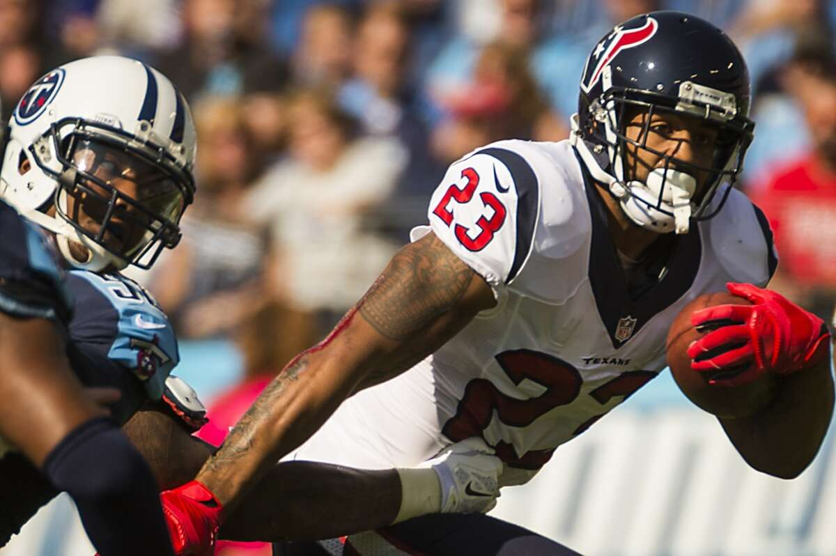 Running backs: A Another outstanding performance by Arian Foster, who carried 20 times for 151 yards (7.6 average) and scored three touchdowns.