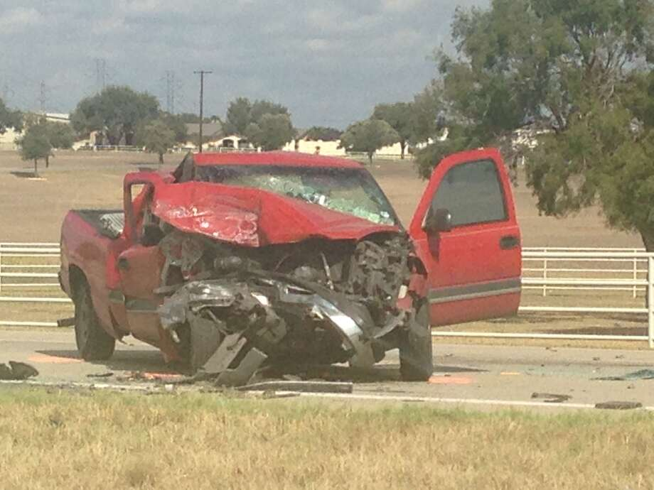 Bexar County Sheriff's deputies are working a major crash involving at least four vehicles on U.S. 87 and Loop 106.
