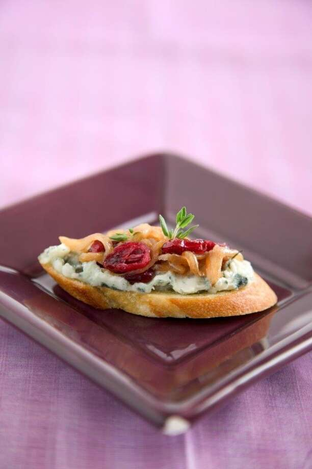 Tartines of Roquefort With Shallot-Cranberry Confit Photo: Chris Andre / Parties That Cook / ONLINE_YES