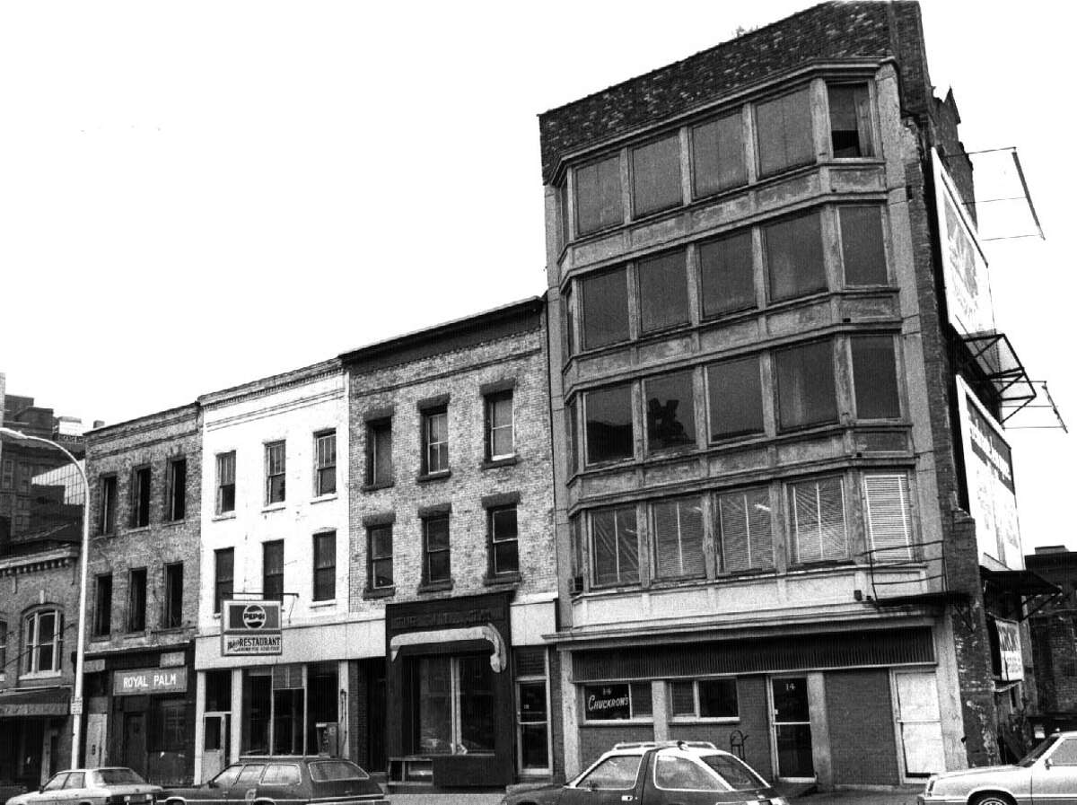 One of the blocks to be demolished for the new Knickerbocker Arena on May 4, 1986.