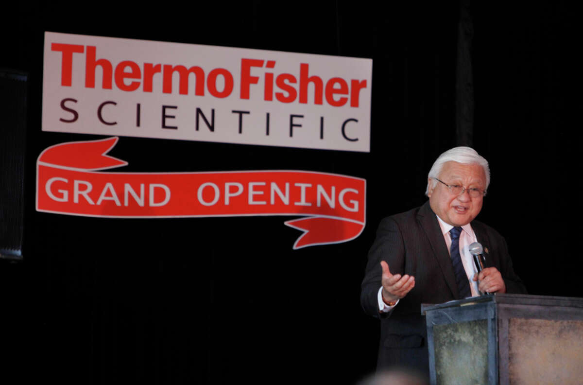 Rep. Mike Honda speaks during the grand opening of the biotechnology research facility.