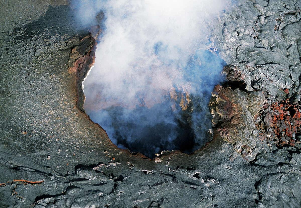 Steam vent at Pu'u O'o Crater, Hawaii