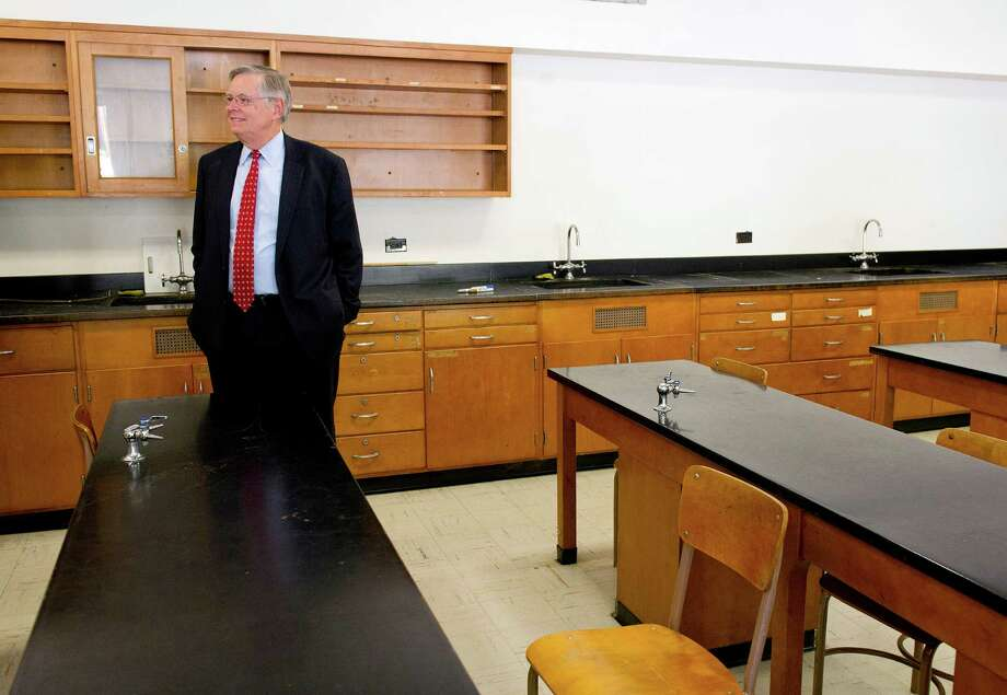 Mayor David Martin seen here in this file photo of a science room at the Sacred Heart Academy in September. Photo: Lindsay Perry / Stamford Advocate