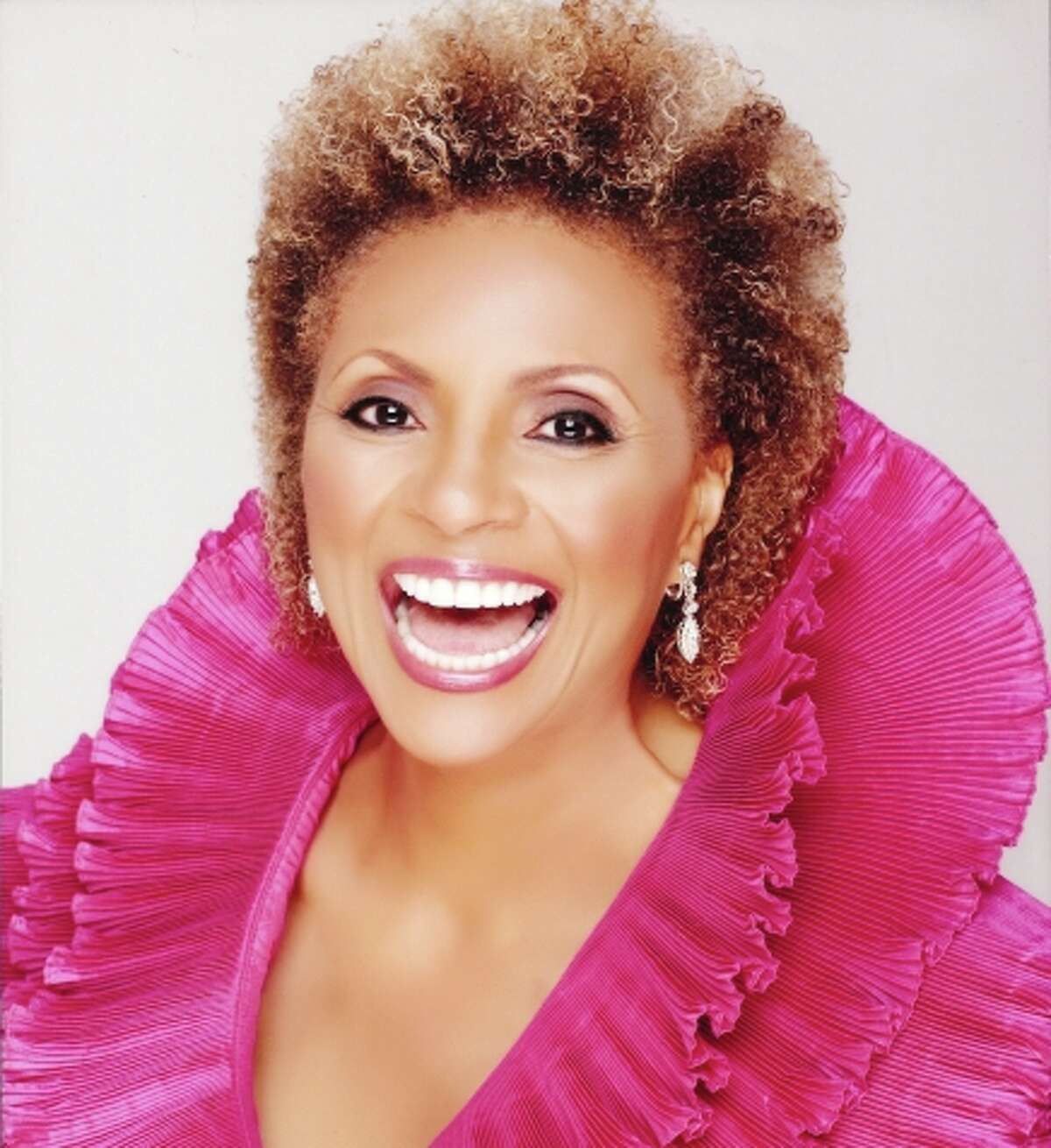Leslie Uggams will perform Sunday at Bay Area Cabaret.