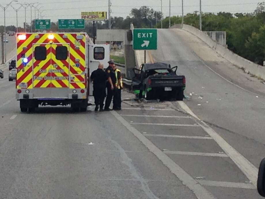 San Antonio Police Department is working a fatal accident on the Southwest Side. It appears one vehicle collided with a barrier at an exit at Highway 90 and Zarzamora. Photo: By Mark D. Wilson/San Antonio Express-News