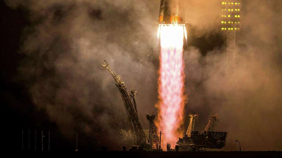 The Soyuz TMA-14M rocket carries a crew to the International Space Station. Photo: Smiley N. Pool, Houston Chronicle / © 2014  Houston Chronicle