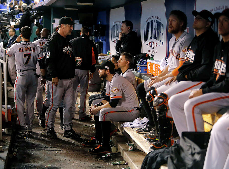 Giants manager Bruce Bochy walks through the dugout in the top on the ninth inning during Game 6 of the World Series at Kauffman Stadium on Tuesday, Oct. 28, 2014 in Kansas City, Mo. Photo: Michael Macor, The Chronicle / ONLINE_YES
