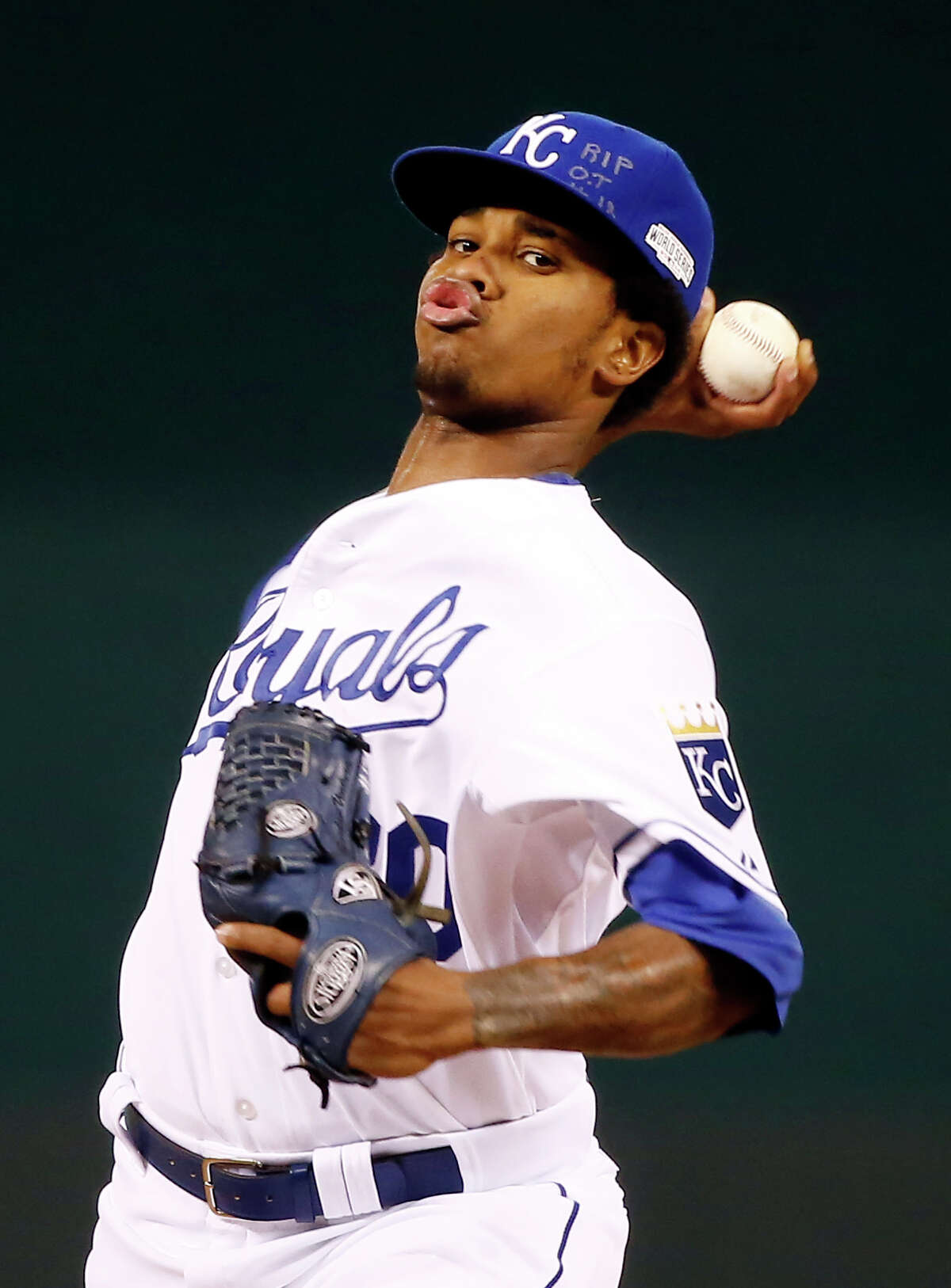 Kansas City Royals pitcher Yordano Ventura throws during the first inning of Game 6 of baseball's World Series against the San Francisco Giants Tuesday, Oct. 28, 2014, in Kansas City, Mo. (AP Photo/Tannen Maury, Pool) ORG XMIT: WS319