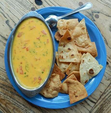 El Tiempo Cantina: Chile con queso Photo: Dick Dace