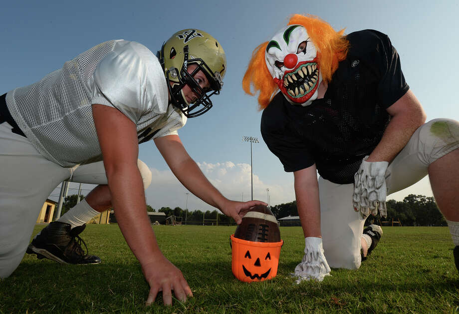 Nederland football fans, like many, will be choosing between Friday night football and Halloween trick-or-treating.   Photo taken Wednesday, October 29, 2014  Kim Brent/@kimbpix Photo: KIM BRENT / Beaumont Enterprise