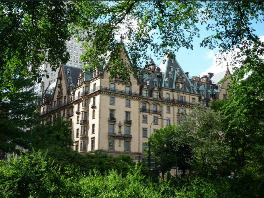 Real life haunted houses for sale connecticut post for Haunted apartments for rent