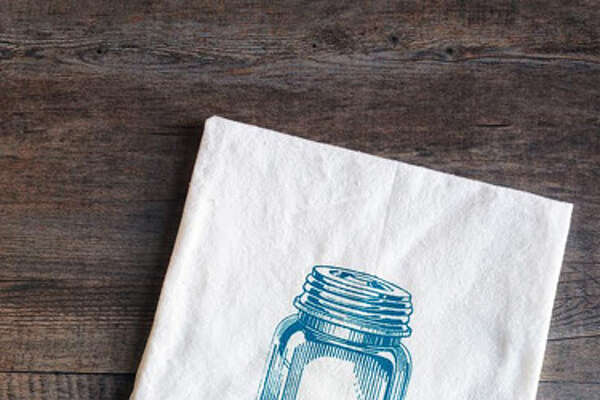 Mason Jar Kitchen Towel  This screen-printed cotton tea towel is made with Earth-friendly water-based inks. Wrap it up with baker's twine and a gift tag, and if you're feeling extra ambitious, pair it with a jar of homemade pickles or jam!    ($10;  thecoinlaundry printshop.com )     RELATED:   The New Guidelines for Canning       15 Effortlessly Beautiful DIY Fall Centerpieces   9 Fun Fall Party Treats   6 Fresh Fall Items for Your Home   20 Inspiring DIY Projects   17 Crazy-Delicious Recipes Served in Mason Jars   8 Color Rules To Follow For A Brighter, Happier Home