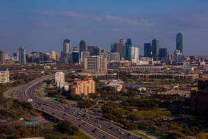 How to get the cheapest flights out of Houston - Photo