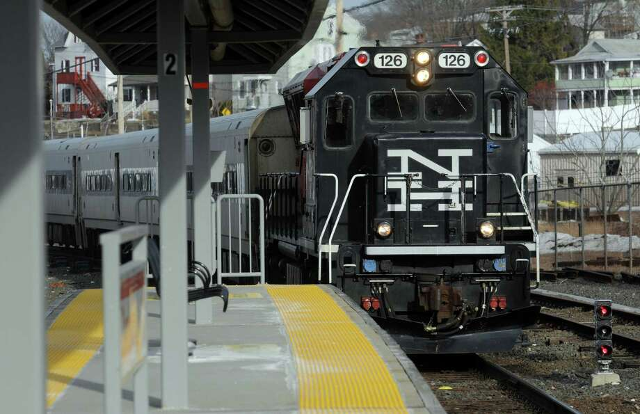The 5:15 p.m. Metro-North train pulls into the Danbury Train Station Friday afternoon, March 14, 2014. Photo: Carol Kaliff / The News-Times