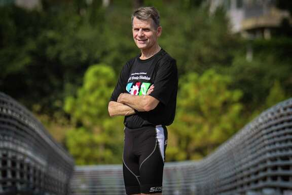 Triathlete and runner Dan Black qualified in 2012 for the New York City Marathon, only to be sidelined by esophageal cancer. Black is back, and ready for this year's race Sunday.