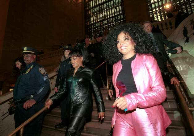 E367079 03: Diana Ross, right, walks down a stairway at Grand Central Terminal in New York City April 4, 2000, on her way to hold a news conference to announce the upcoming U.S. tour of Diana Ross and the Surpremes. (Photo by Chris Hondros) Photo: Chris Hondros, Getty Images / Getty Images North America