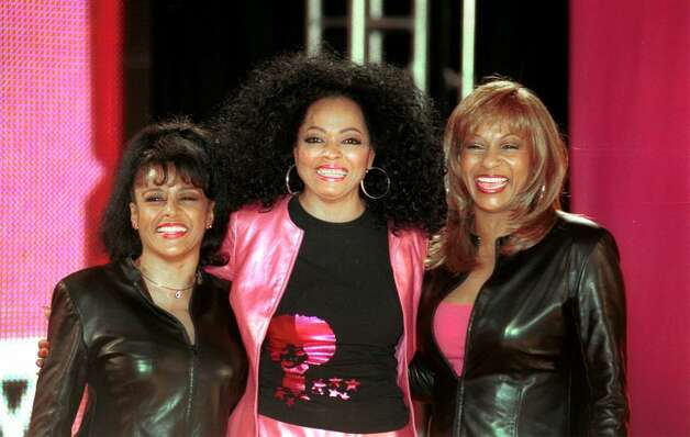 E367079 02: Diana Ross, center, and two former members of the Supremes, Lynda Laurence and Scherrie Payne hold a news conference April 4, 2000, at Grand Central Terminal in New York City to announce the upcoming U.S. tour of Diana Ross and the Surpremes. (Photo by Chris Hondros) Photo: Chris Hondros, Getty Images / Getty Images North America