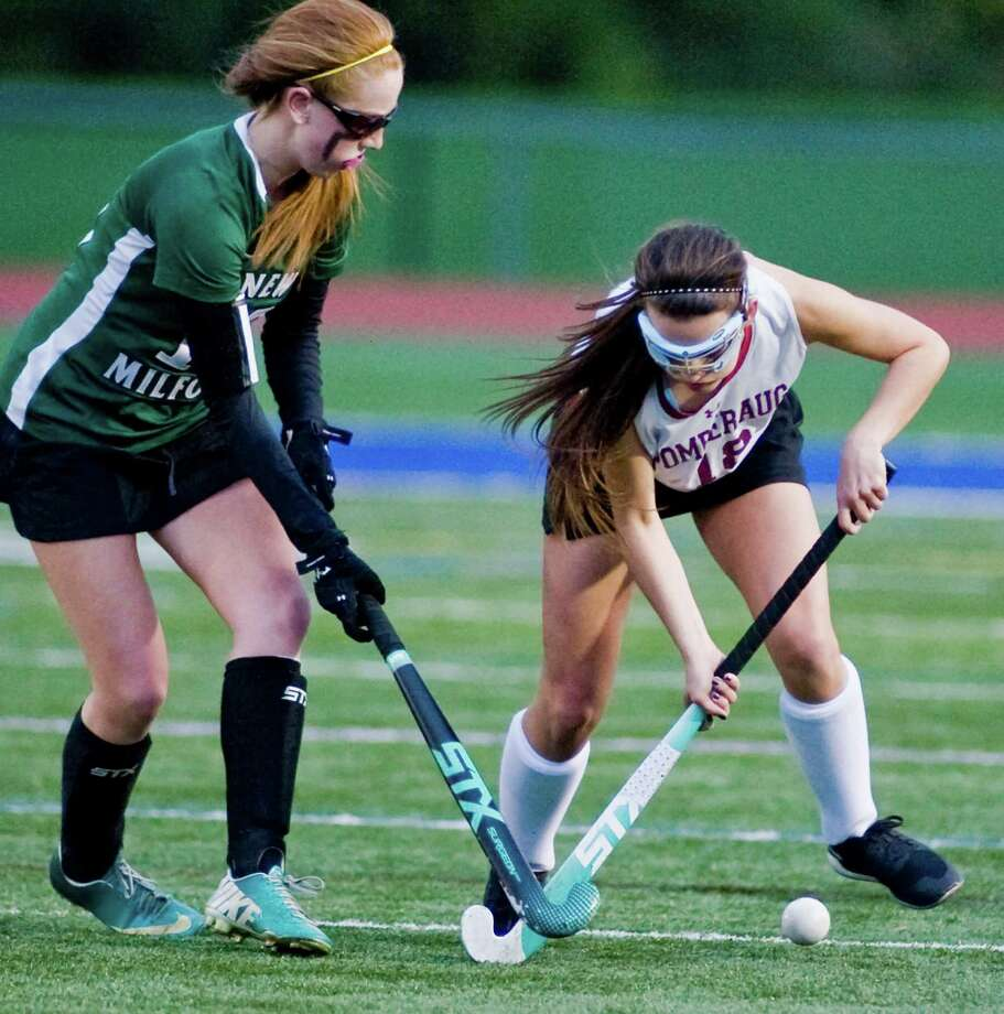 Pomperaug High School vs. New Milford High School during the SWC field hockey championship at Brookfield High School. Friday, Oct. 31, 2014 Photo: Scott Mullin / The News-Times Freelance