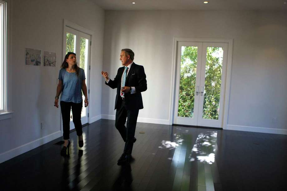 Shrinking supply of homes leads to extreme tactic