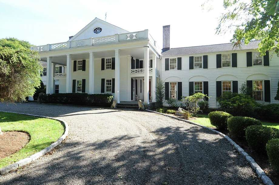 The property at 29 Ferry Lane East is on the market for $4,695,000. Photo: Contributed Photo / Westport News