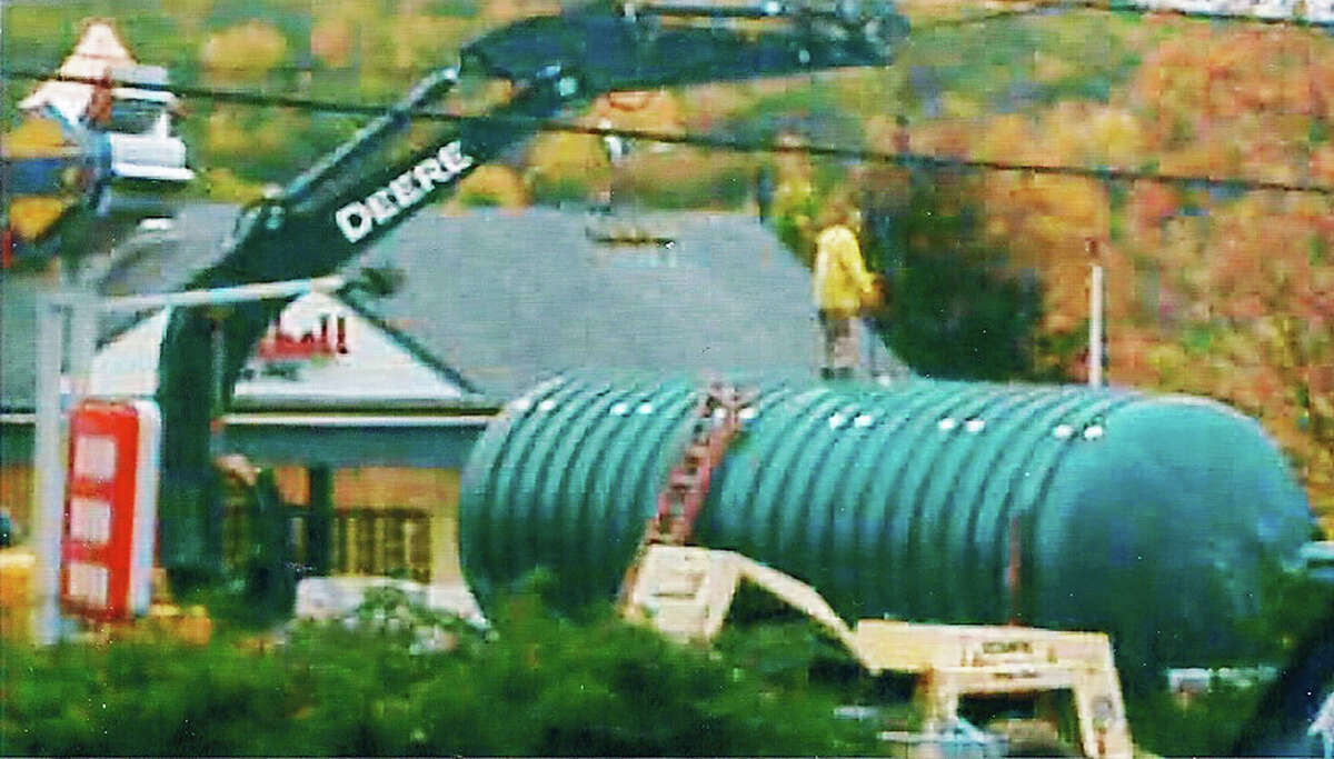 Motorists in New Milford recently likely did a bit of rubber necking as Mitchell Oil placed a huge oil tank just a along Park Lane (Route 202). October 2014 Courtesy of Betty Emmons