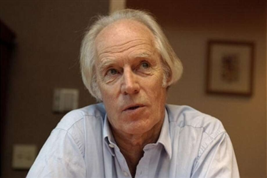 george martin producer and arranger for the beatles dies at 90 san francisco chronicle. Black Bedroom Furniture Sets. Home Design Ideas