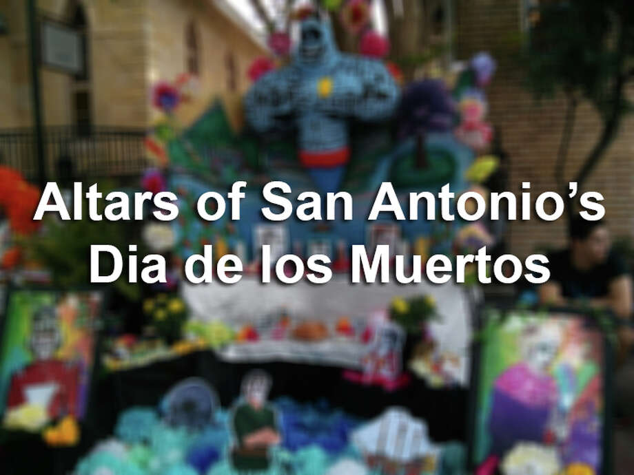 Altars at San Antonio's Dia de los Muertos celebration. Photo: By Jennifer Hiller, San Antonio Express-News