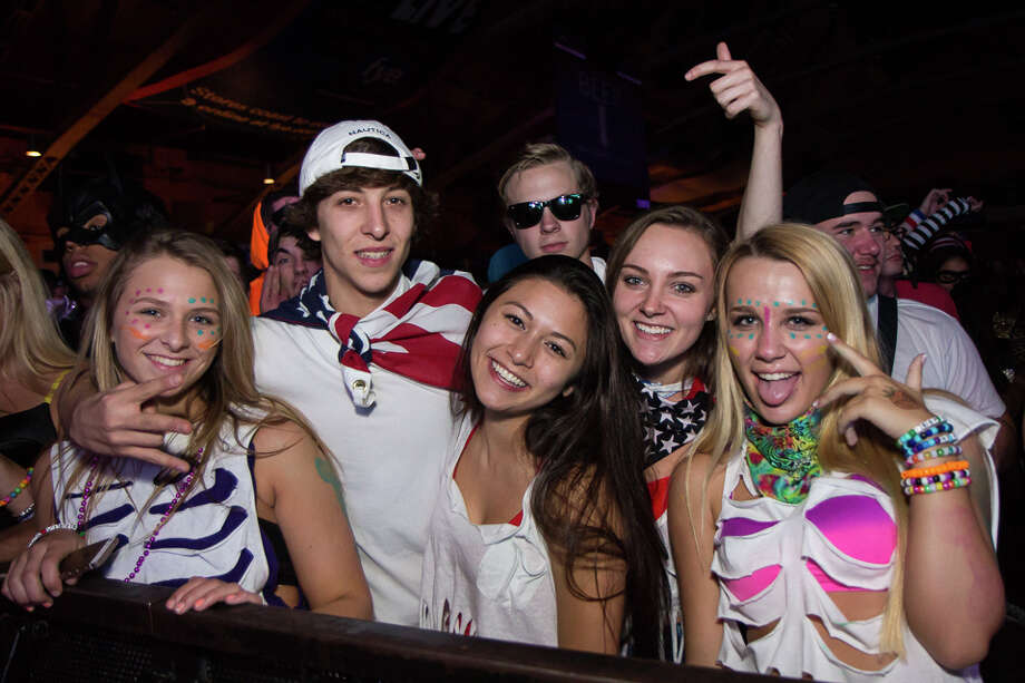 Two Boots in Bridgeport is holding a costume party with a DJ on Friday and Saturday. Find our more.  Photo: Brian Tromans